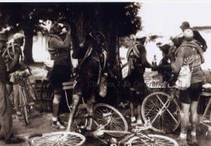 Oude Wielrenfoto's Ansichtkaarten Set Renoir1920