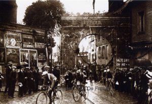 Oude Wielrenfoto's Ansichtkaarten Set Verdun